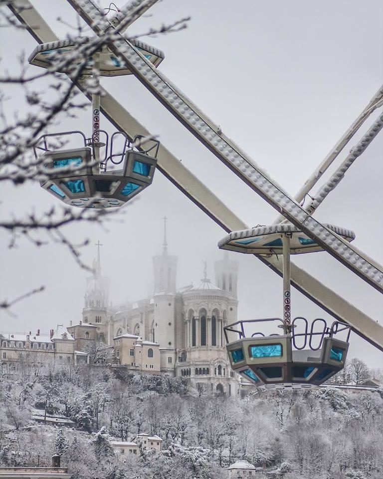 Quitter Paris pour Lyon que je découvre sous la neige : ma nouvelle résidence de rédactrice web et print