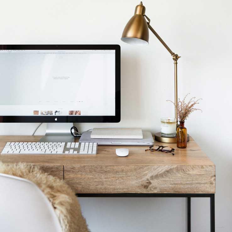 Concevoir un site internet depuis son bureau hygge - rédactrice frelance